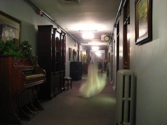 Haunted Hotel in Jerome