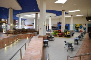 Paradise Valley Mall Closing In Arizona